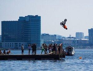 Во Владивостоке пройдут соревнования по прыжкам в воду на велосипедах