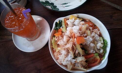 завтрак, тэк тае кроу чма, кухня Камбоджи фото