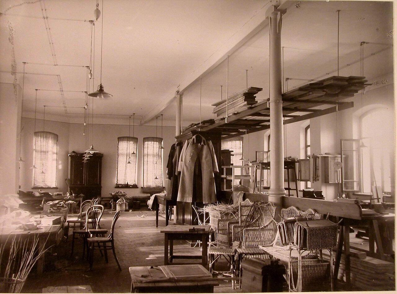 16. Внутренний вид мастерской дома призрения для увечных воинов