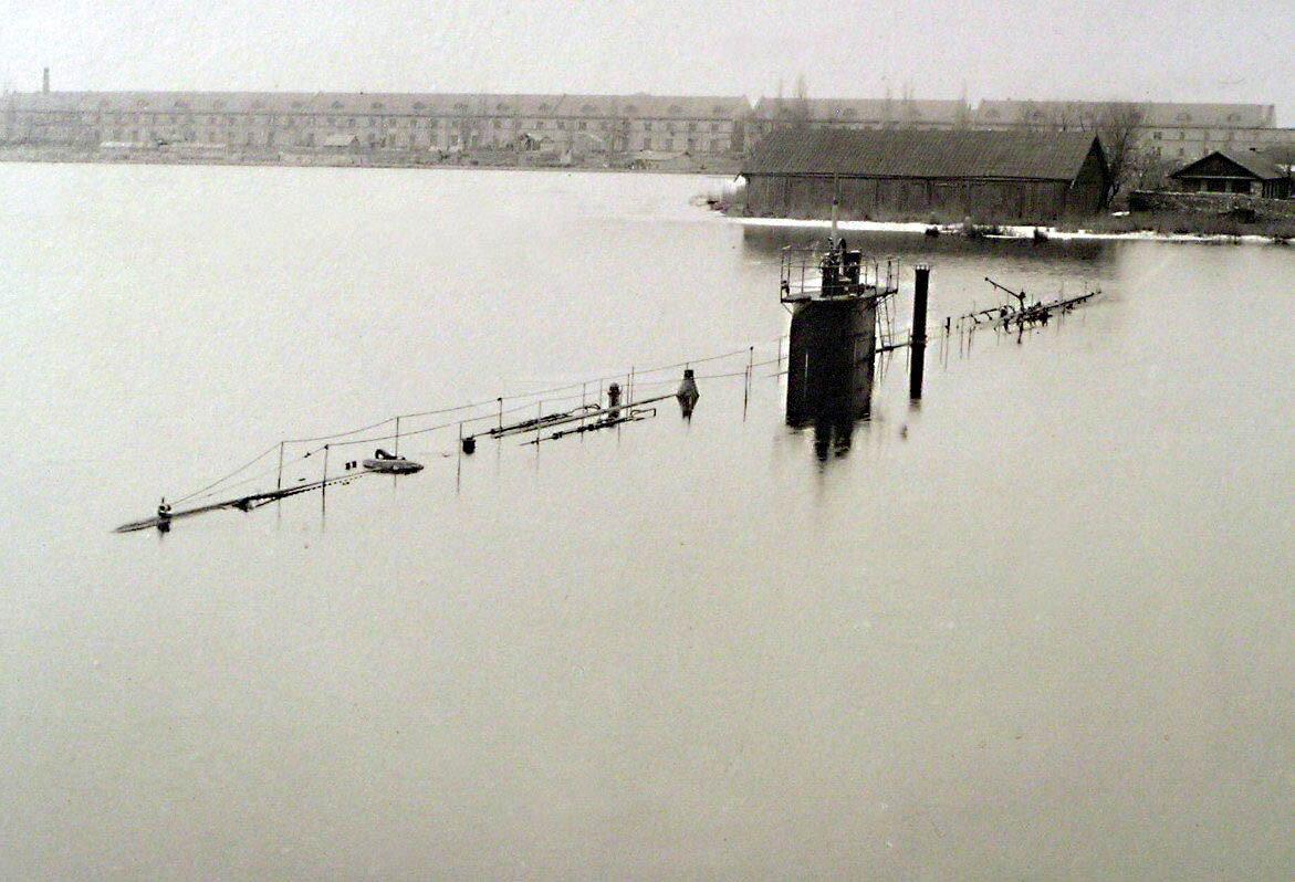16. Подводная лодка Орлан.   Пробное погружение