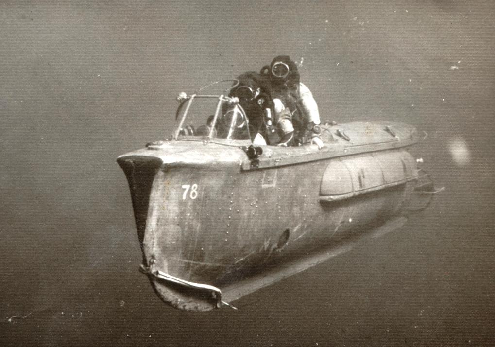 Israeli Commando manned torpedo c. 1967.jpg
