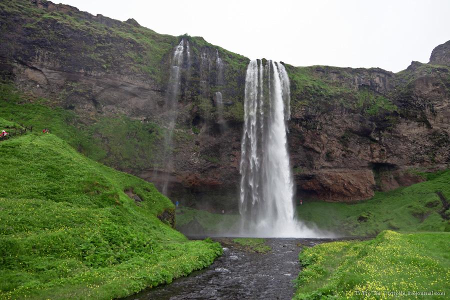2. Ледники и водопады Эйяфьядлайокудля.