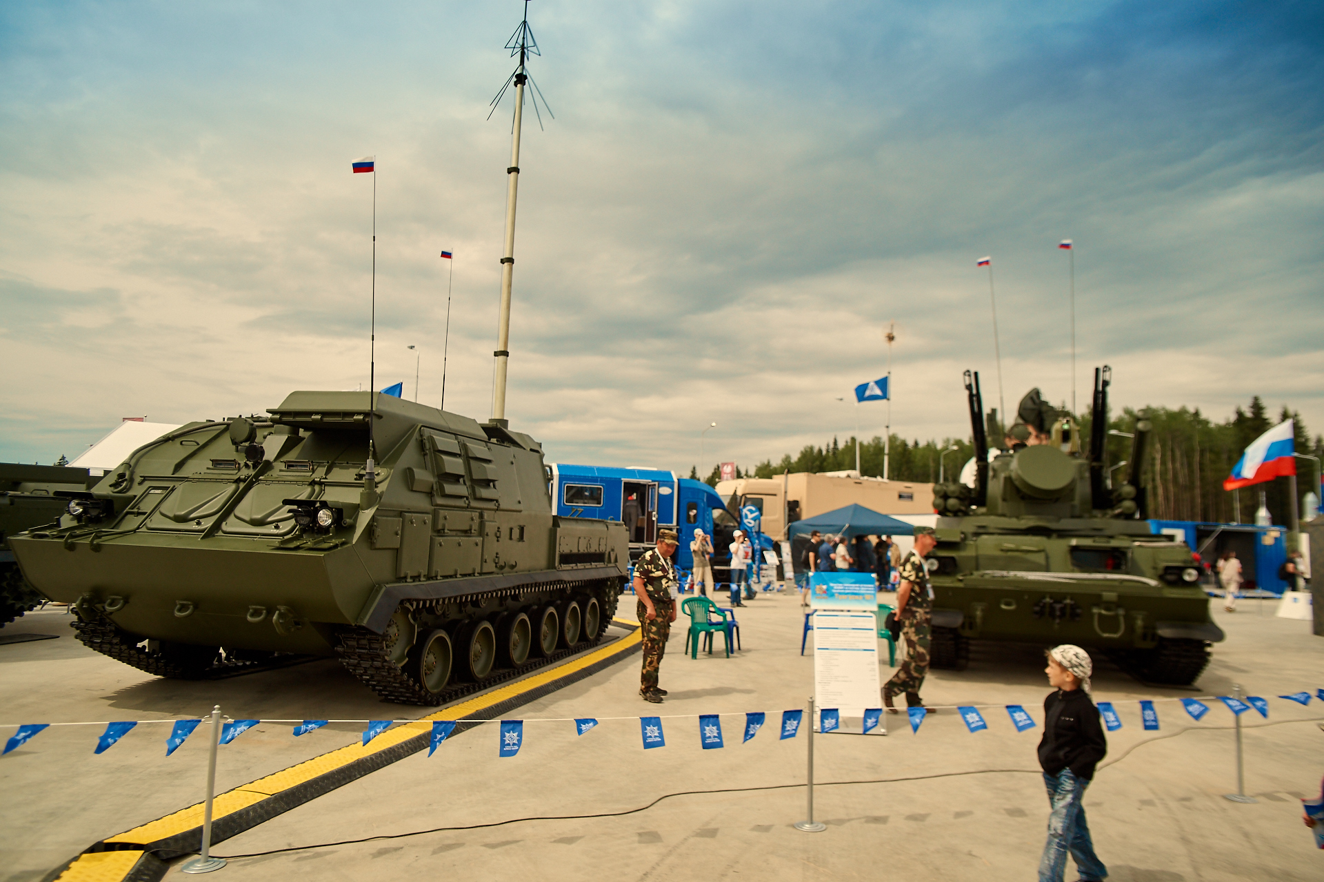 Russian Military Photos and Videos #2 - Page 37 0_a38a0_cebdd37f_orig