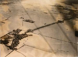 Вид на четырехмесячную стоянку авиаотряда (с высоты 1200 метров).