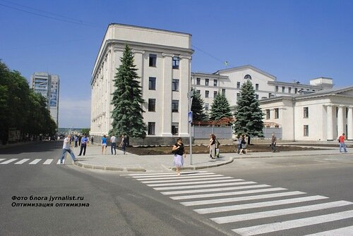 антифашистский марш в луганске 2