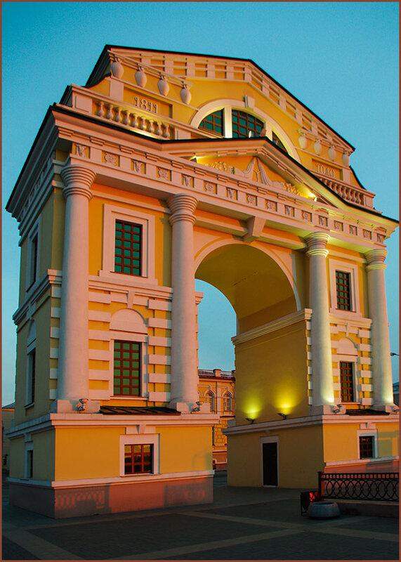 Триумфальная арка в Иркутске