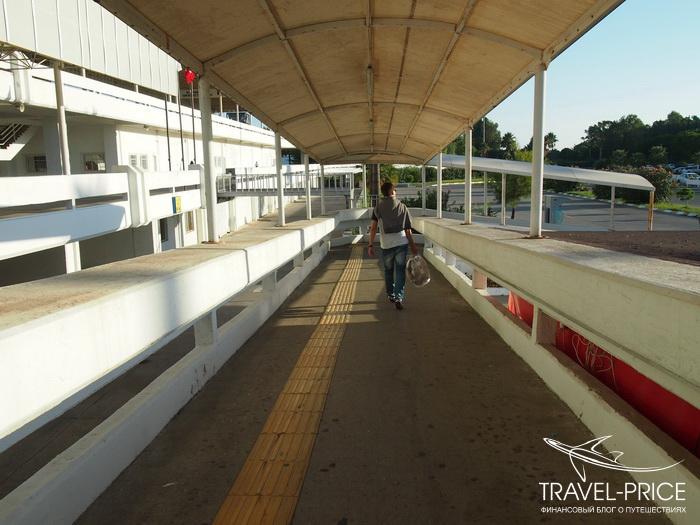 выход из аэропорта Даламан