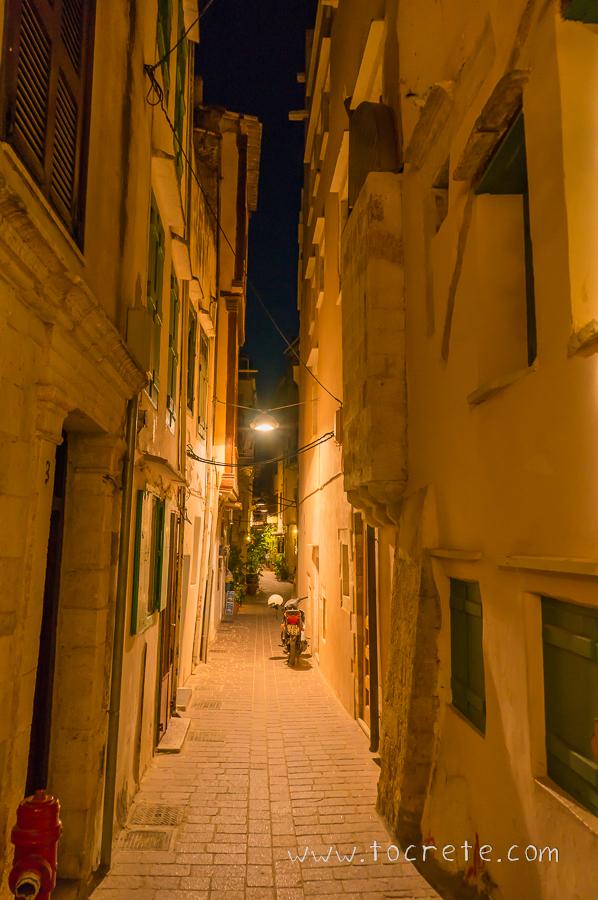 Улочки Старого Города Ханья   Streets of Chania Old Town
