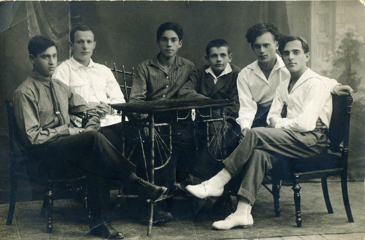 1925, август, Орёл