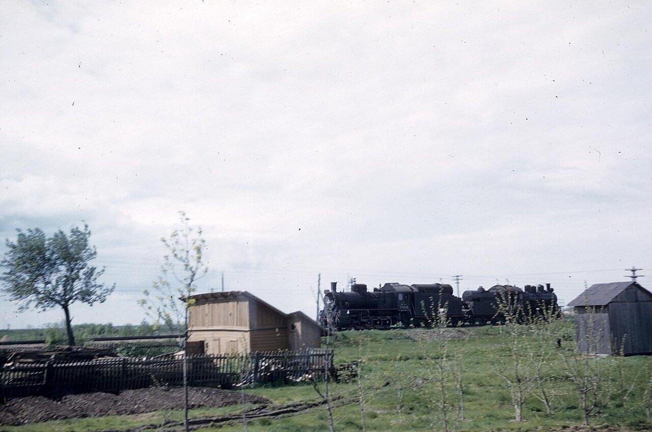 18. Поезд в сельской местности