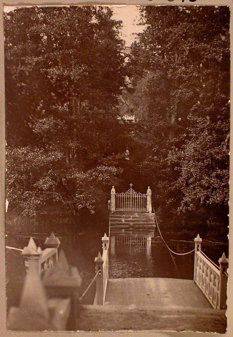 17. Вид паромной переправы и входных ворот на остров Людвигштайн