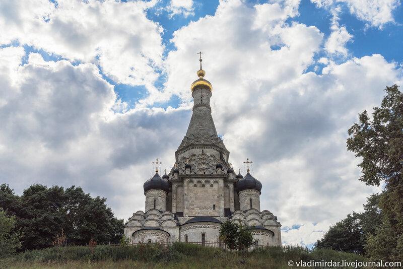 храм Преображения Господня в дворцовом селе Остров