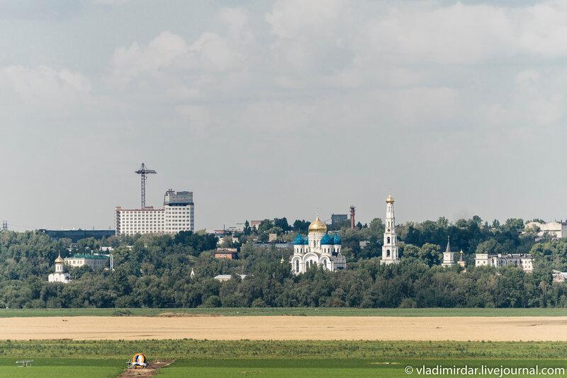 Николо-Угрешский монастырь - вид со стороны Усадьбы Остров