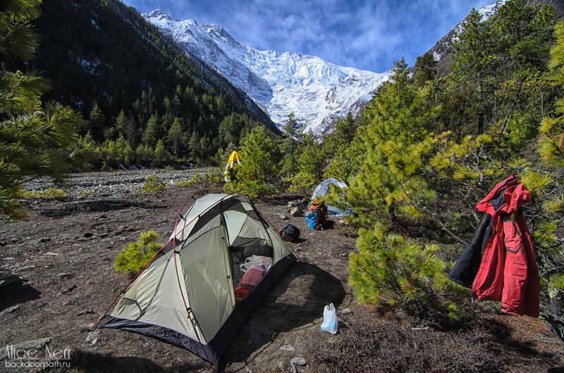 палаточный лагерь близ нижнего писанга