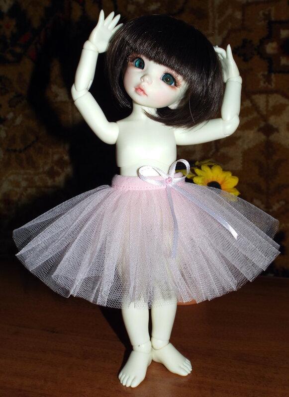 Сшить юбку из фатина на куклу 243
