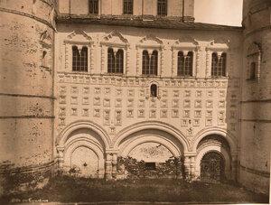 Вид части стены церкви Иоанна Богослова (церковь над старыми воротами,с западной стороны). Ярославская губ.
