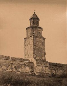 Вид на башню Кукуй в Новгородском Кремле. Новгород г.