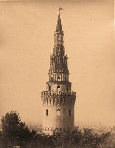 Вид верхней части Водовзводной башни Кремля. Москва г.