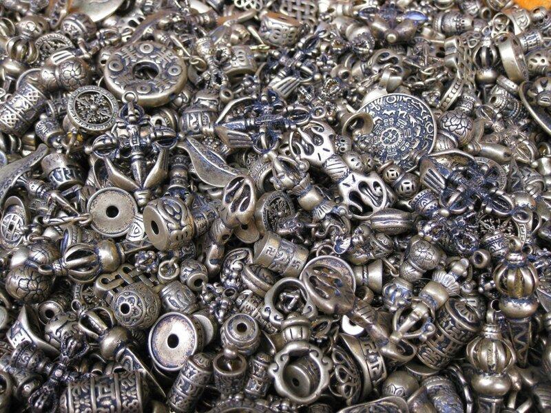 Изделия из металла, рынок Паньцзяюань, Пекин