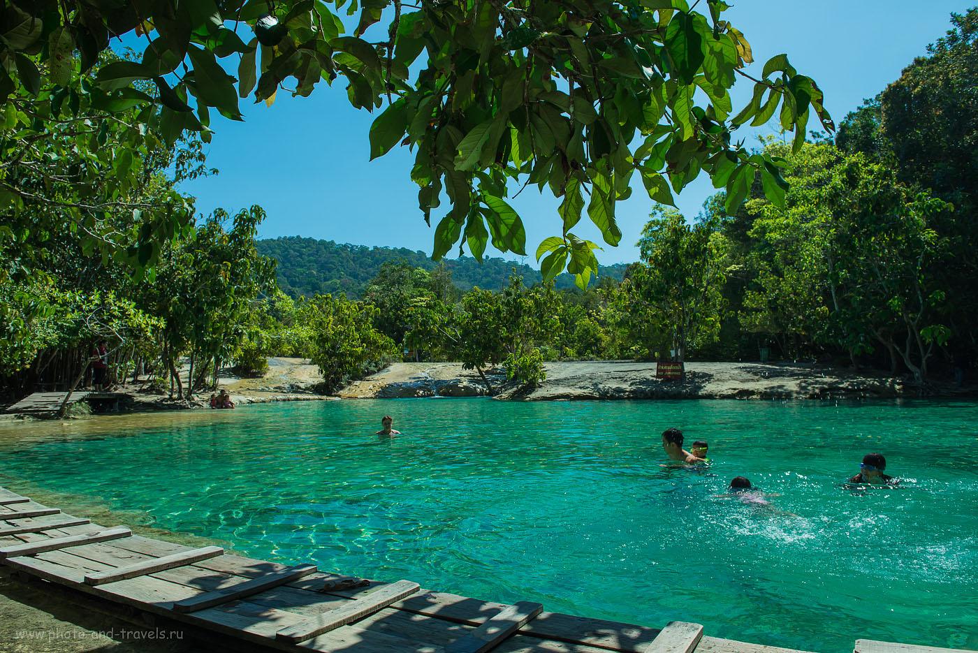 Фотография 17. С утра в озере Emerald Pool купались только японцы и Катя. Поездка на Краби самостоятельно. Отчет об отдыхе в Таиланде в феврале 2015 (100, 24, 8.0, 1/200)