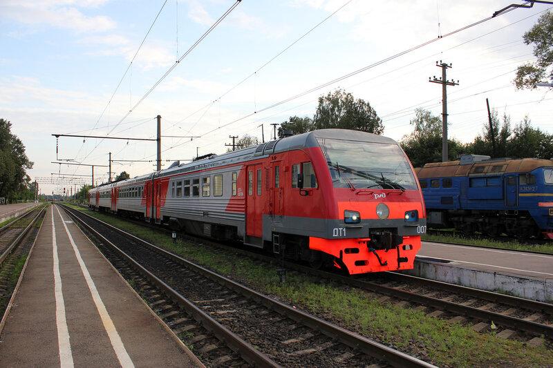 ДТ1-007 на станции Луга-1
