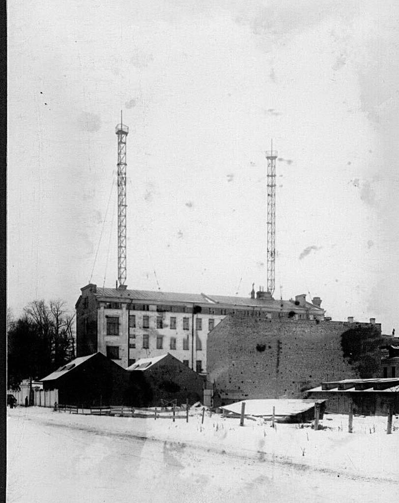 02. Общий вид зданий на территории завода