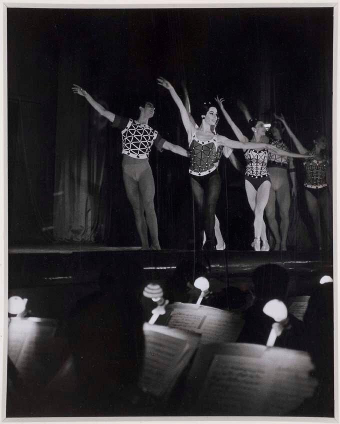 1960. Танцоры