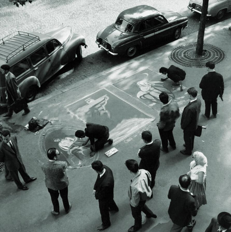 1960. Уличное искусство живописи на асфальте