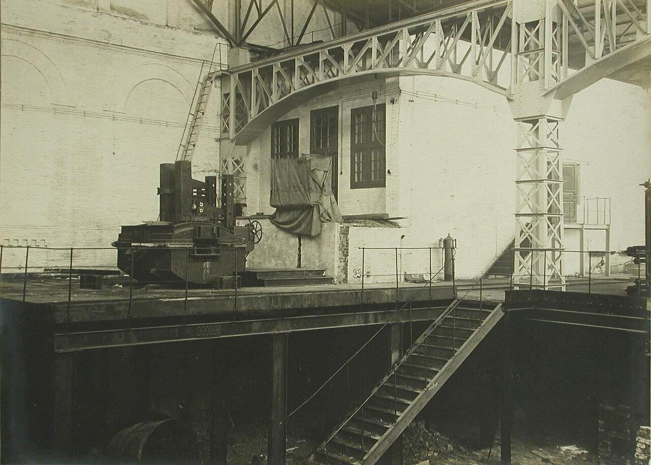 15. Вид части одного из цехов завода. 14 декабря 1909