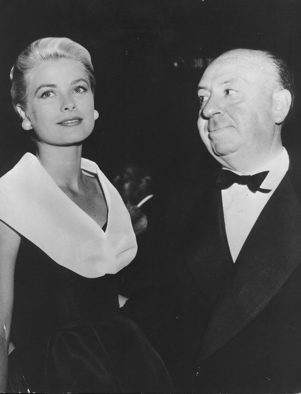 Grace Kelly and director Al on August 18, 1954, in Hollywood, Calif.