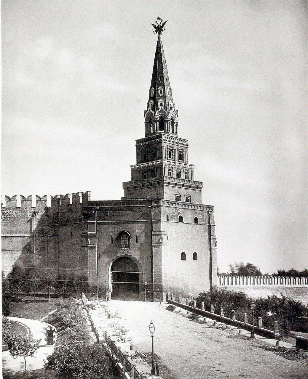 369. Боровицкие ворота