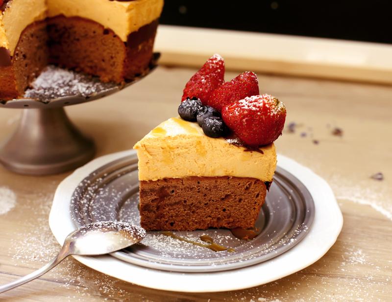 Торт Шоколад и Клубника - простой пошаговый рецепт с фото #7.