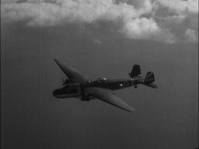 Vojna.na.more.ot.Gavajskih.ostrovov.do.Malaji.1942.DivX.DVDRip.alf62[(151830)00-53-32].JPG