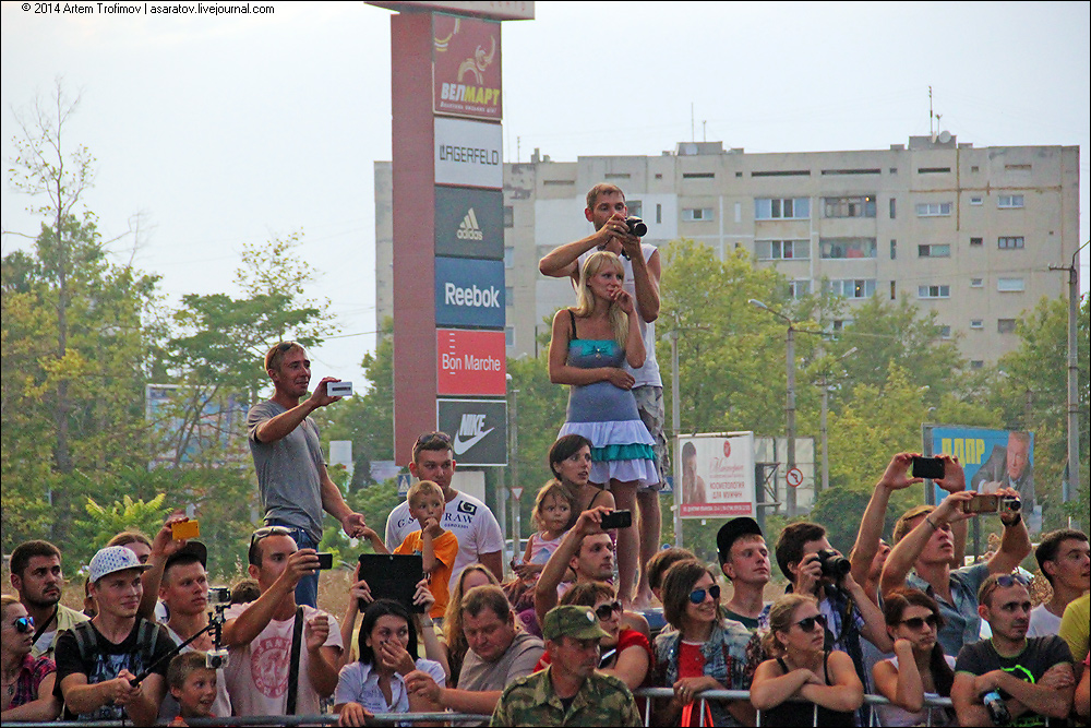 http://img-fotki.yandex.ru/get/6805/225452242.31/0_13c6a4_112b7410_orig