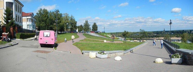 Панорама площадки на Набережной Грина