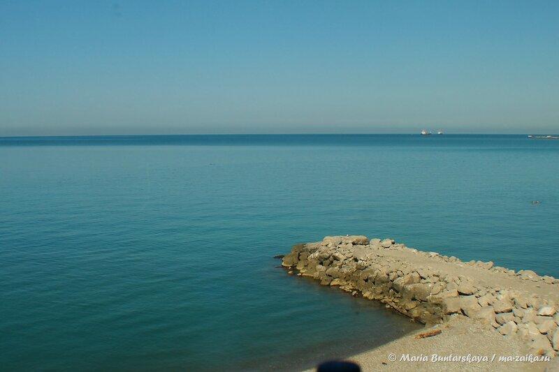 Берег моря, Лазаревское, 11 июля 2014 года