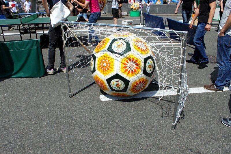 Фестиваль Большой мяч на Крещатике