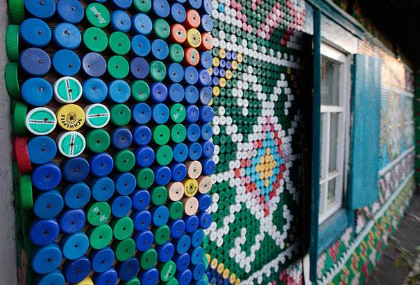 Крышки от пластиковых бутылок. Декорирование.