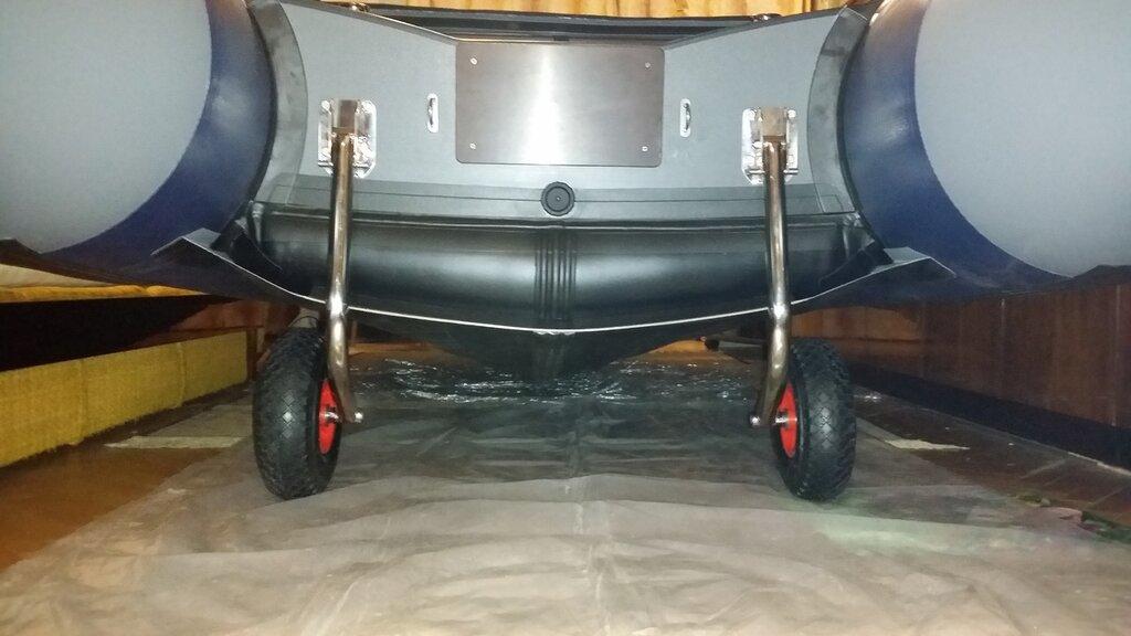Купить транцевые колеса для лодки баджер