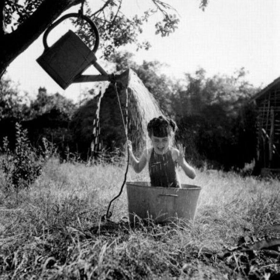1949. Душ в Резо