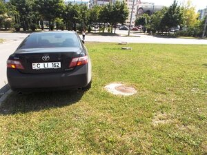 В Молдове правила парковки чиновникам не писаны