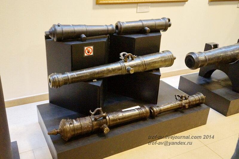 Пушки 18 века, Центральный военно-морской музей, Санкт-Петербург