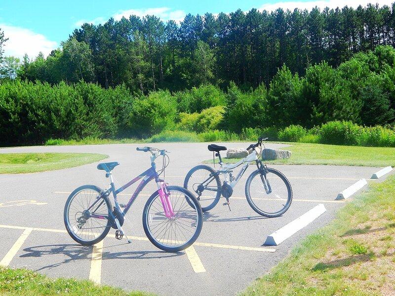 Прогулки на велосипеде.