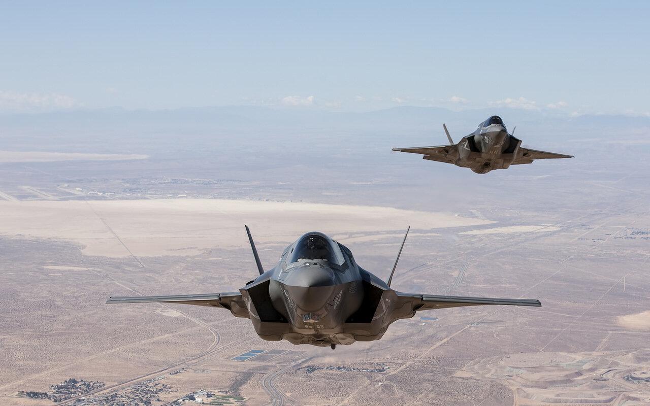 F-35, летающий айфон