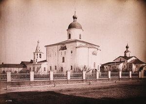 Вид на Николо-Дворищенский собор на Ярославовом дворище (построен в 1113 г.). Новгород г.