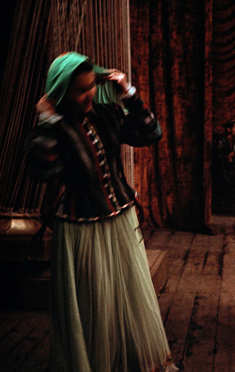 Женский ансамбль народного танца