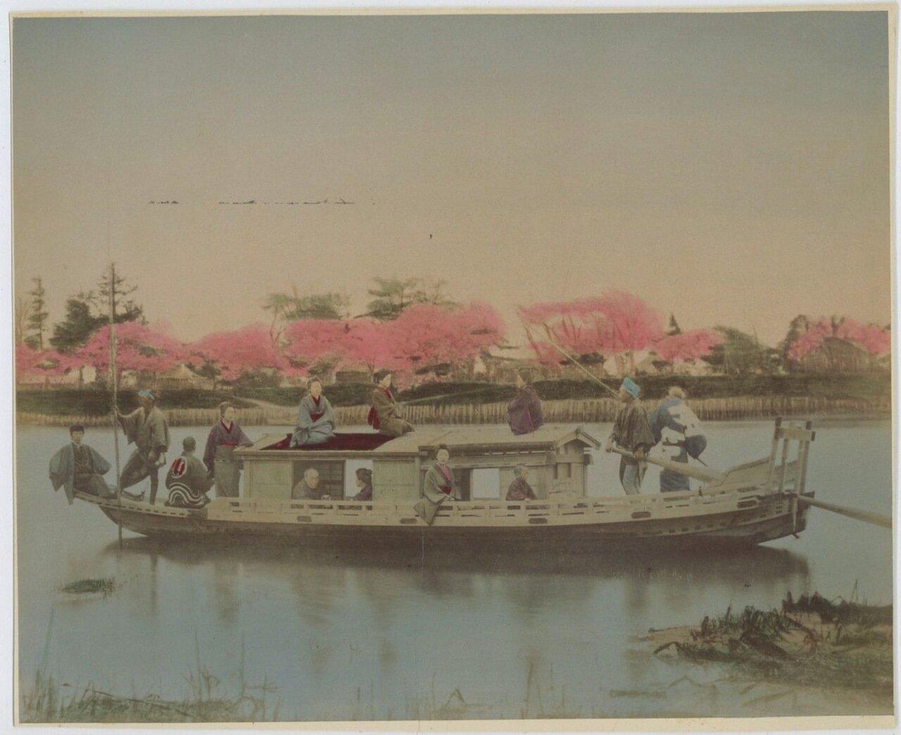 Прогулочная лодка «Якатабуне»