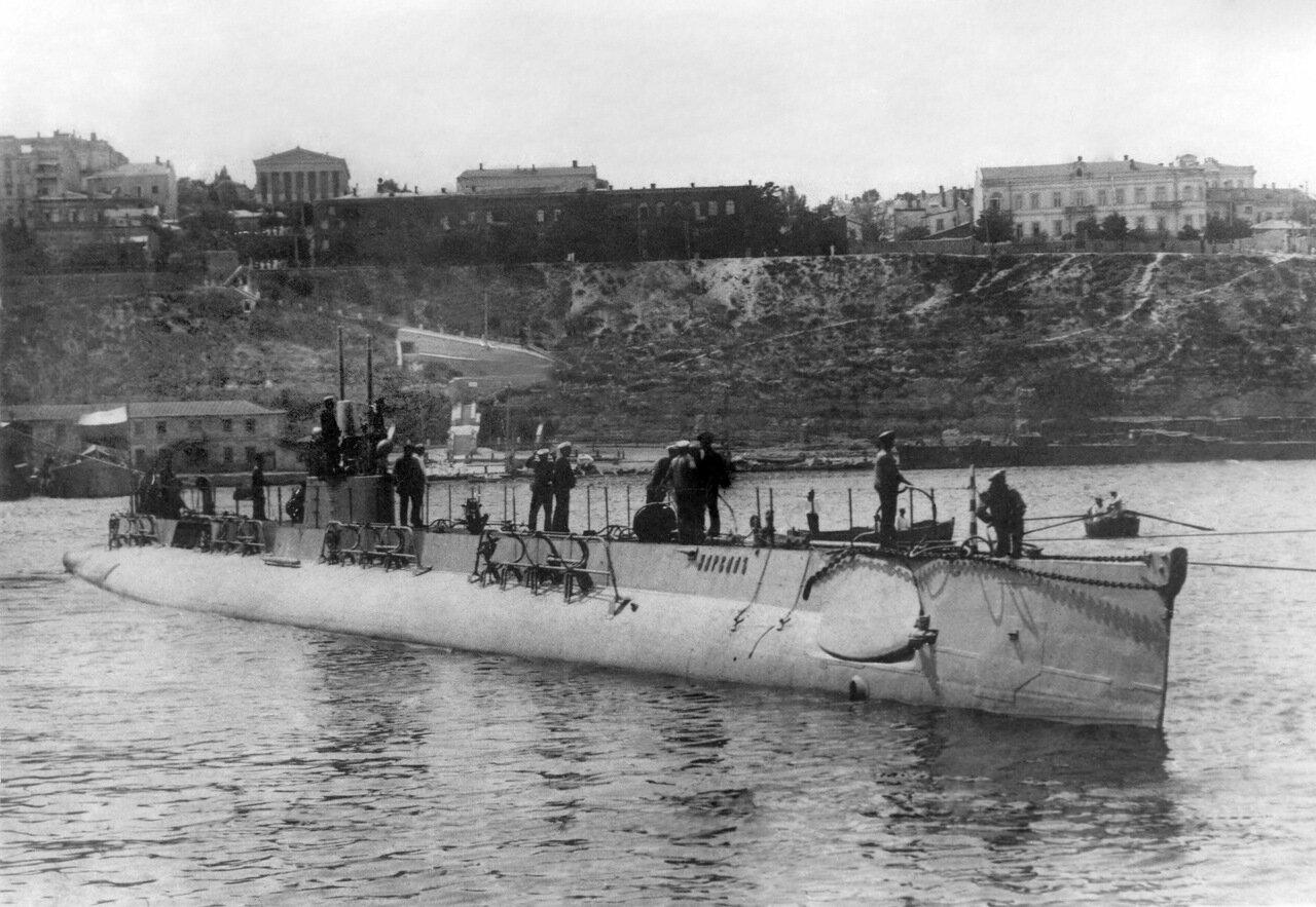 10. Подводная лодка Нарвал