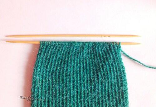 roventa-handmade, knit mitts, knit scarf, knit leg warmers, вязаные митенки, вязаные гетры, вязаный шарф, шарф спицами, митенки спицами, гетры спицами, вязаный комплект