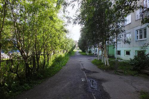 Фото города Инта №7099  Восточная сторона Мира 65 13.08.2014_12:41